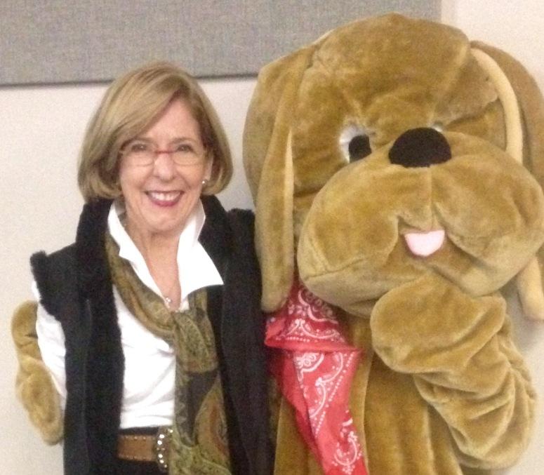 Patricia and Lynn as Hound Dawg